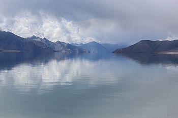 Mountains Ladakh 01.jpg