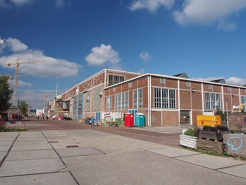 File:NDSM-plein hoek Scheepsbouwkade.JPG
