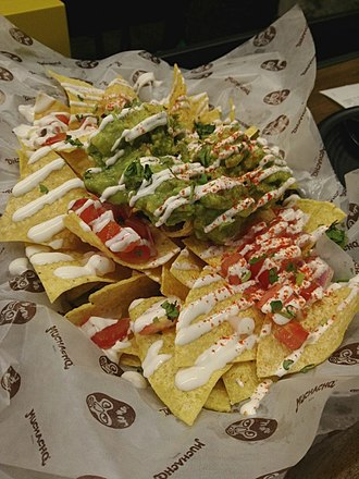 Mexican cuisine - Nachos with guacamole