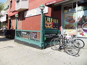 Nassau Avenue (IND Crosstown Line) - Station stair with bike racks