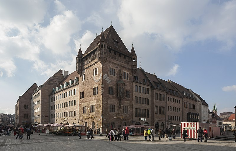 File:Nassauer Haus, Núremberg, Alemania, 2013-03-16, DD 02.jpg