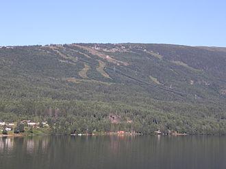 Norefjell Ski Resort - Image: Norefjell slopes 01