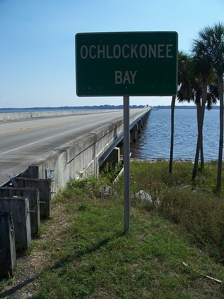 File:Ochlockonee Bay bridge US 98 sign01.jpg