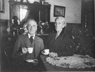 Municipality of Leichhardt - Old couple having tea (ALP Municipal elections, Balmain)