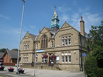 Rothwell, West Yorkshire - Image: One Stop Centre geograph.org.uk 1383019