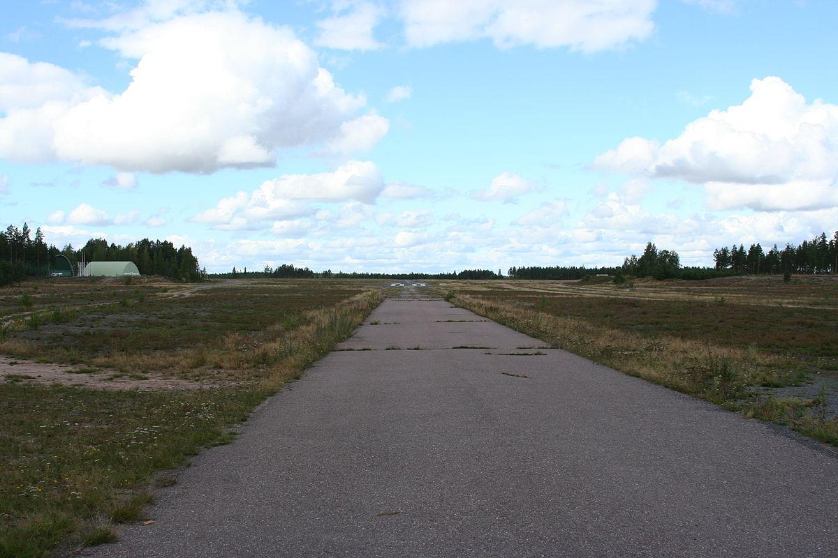 Oripään Lentokenttä