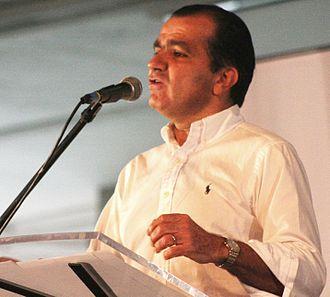 Colombian presidential election, 2014 - Image: Oscar Ivan Taller Democratico Bucaramanga 2011