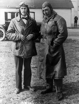 Oskar Omdal - Oskar Omdal (left) with Roald Amundsen, 1922