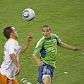 Osvaldo Alonso Seattle Sounders.jpg