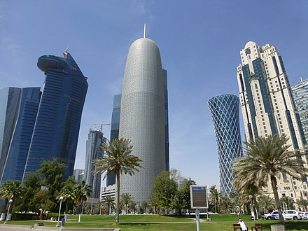 High-rise buildings in Doha. P1000015 - panoramio.jpg