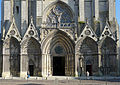 P1240047 Bayeux cathedrale ND portail rwk.jpg