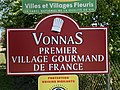 Panneau Premier Village Gourmand France Route Mâcon Vonnas 1.jpg