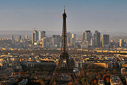 Panorama Paris December 2007-2.jpg