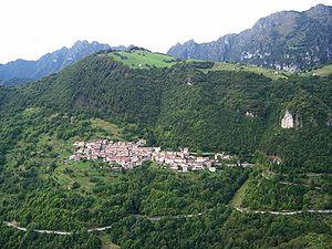 Magasa, Lombardy - Image: Panoramamagasa