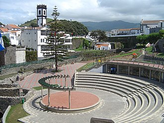 Matriz (Ribeira Grande) - The garden Ribeira dos Moinhos alongside Ribeira Grande, part of the parish of Matriz in Ribeira Grande
