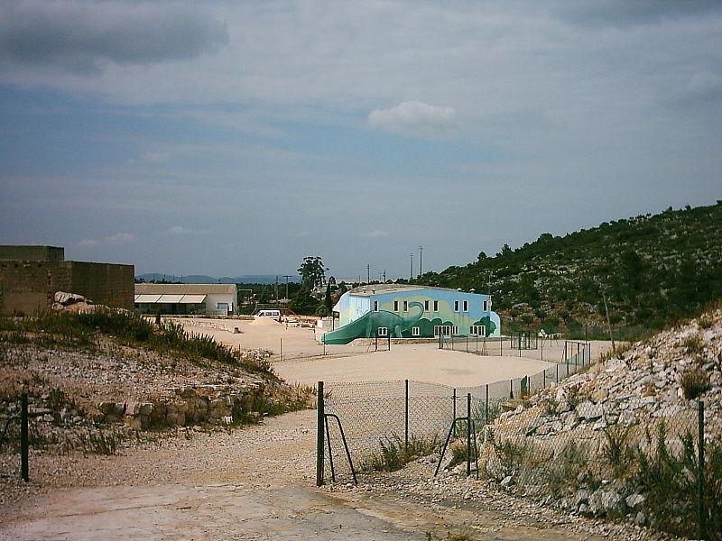 Image:Pegadas da Serra de Aire - vista.JPG