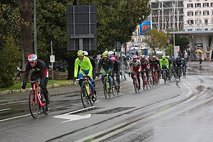 2015 Milan–San Remo - The peloton in Savona