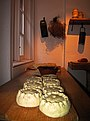 Pies as they should be - Hampton Court Palace. - panoramio.jpg