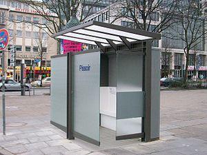 Pissoir Spielbudenplatz 003.jpg