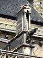 Poissy (78), collégiale Notre-Dame, nef, culée d'un arc-boutant côté sud.jpg