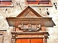 Porche sculpté et daté de 1578.jpg