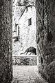 Predjama Castle (17580674383).jpg