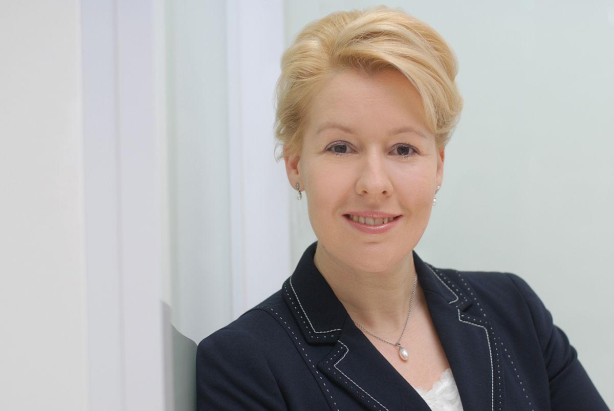 Barbara Van Der Zanden Fashion Prices