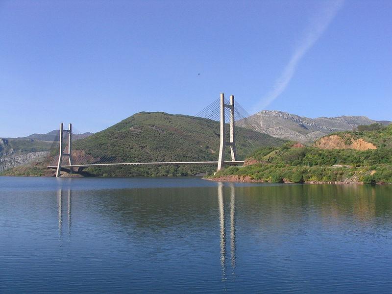File:Puente Ingeniero Carlos Fernández Casado.jpg