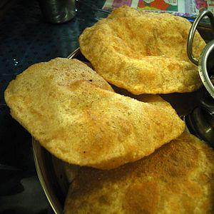 Atta flour - Image: Puri