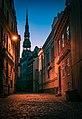 Rīga Alleyway, Latvia.jpg
