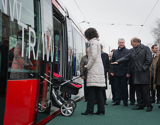 RIAN archive 1050698 Sergei Sobyanin visits N.Bauman tramway depot in North-Eastern Administrative District of Moscow
