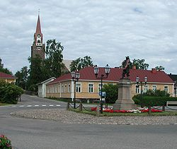 Raahe Church and statue of Per Brahe