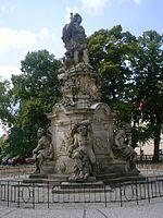 Denkmal in Rathenow, Brandenburg (Quelle: Wikimedia)