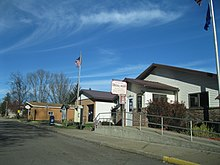 Readstown municipal building and post office.JPG