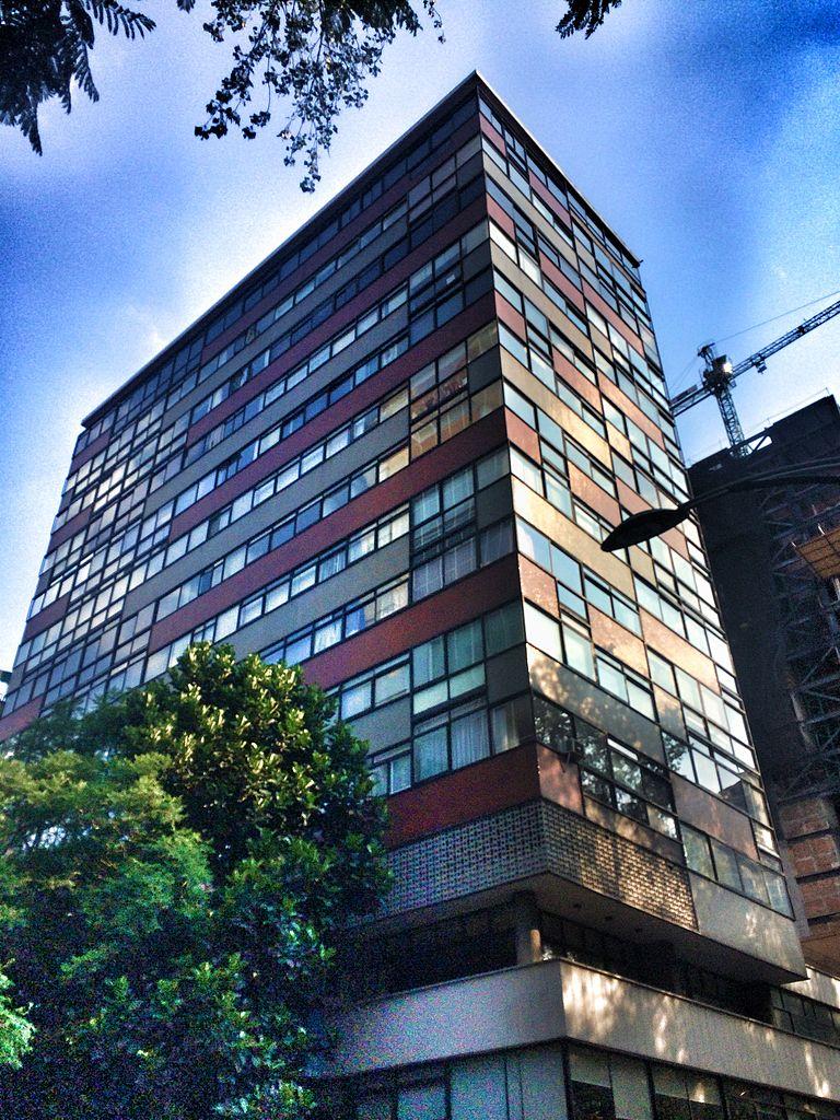Paseo por la calle en brasil 8 - 3 part 1