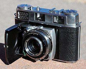 Rangefinder camera - 1957–60 Kodak Retina IIIC