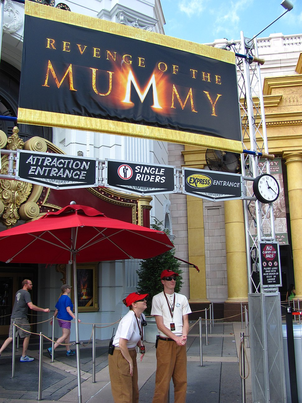 Revenge of the Mummy (Universal Studios Florida) entrance