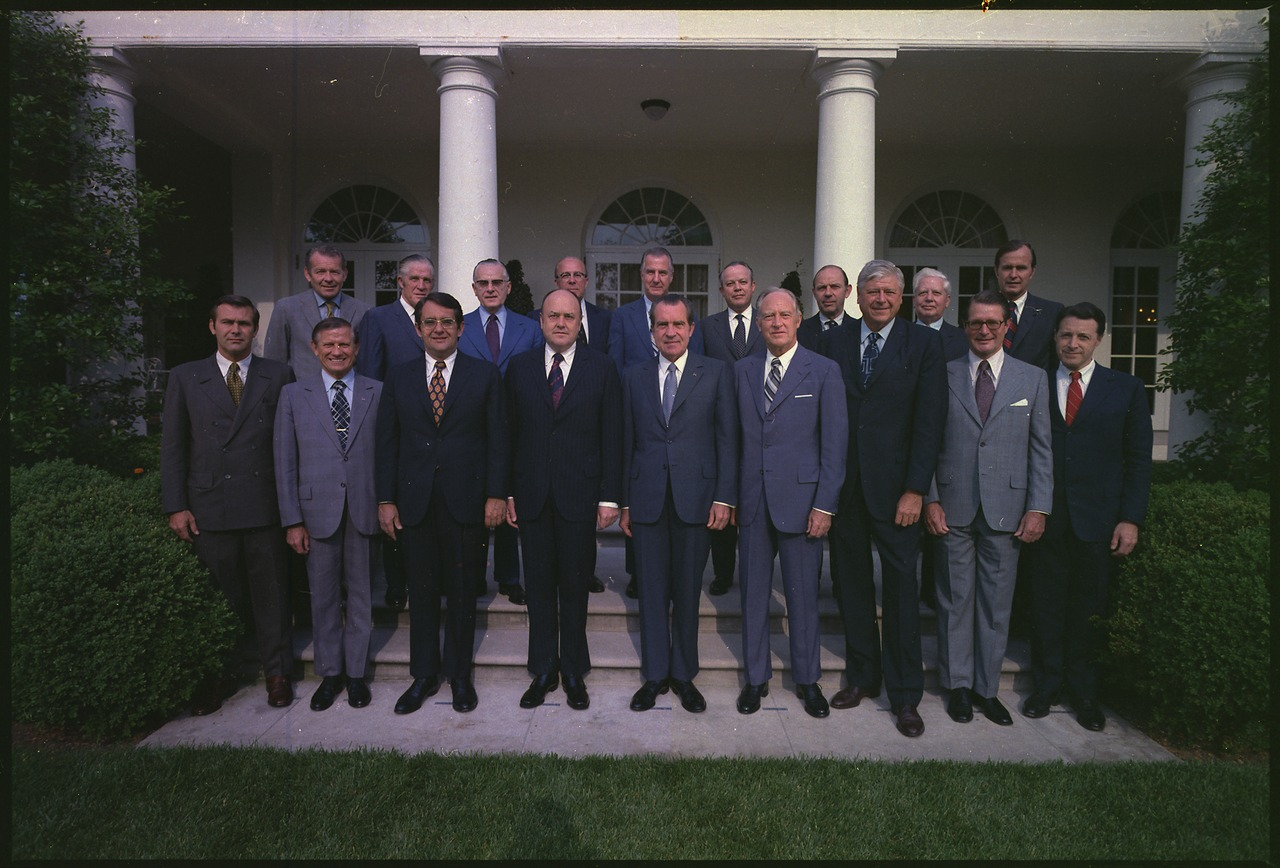 Nixon Administration Cabinet Filerichard M Nixon Posing With His Cabinet Nara 194437tif