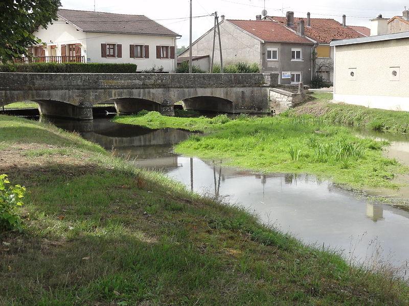 Rigny-la-Salle (Meuse) Aroffe (Ruisseau de la Beaumelle) le pont