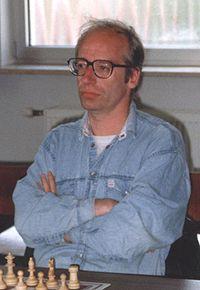 GM Robert Hübner in 1993