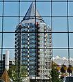 Rotterdam Blick aus der Markthalle auf den Blaaktoren 2.jpg