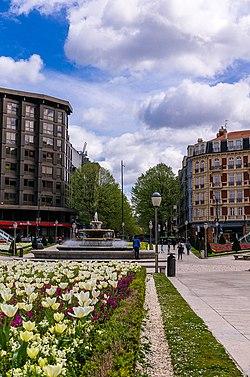 Roundabout in Bilbao, Spain - panoramio (1).jpg