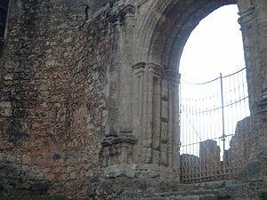 Monasterio de San Francisco - Image: Ruinas de san francisco primer instituto mental dominicano 2
