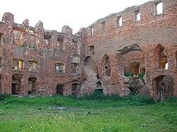 Ruine der Ordensburg Ragnit.jpg