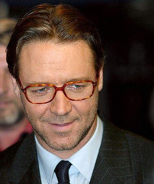 Russell Crowe at the Picadilly Circus, London ...