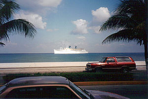 SS Monterey - Britanis tendering at Grand Cayman.