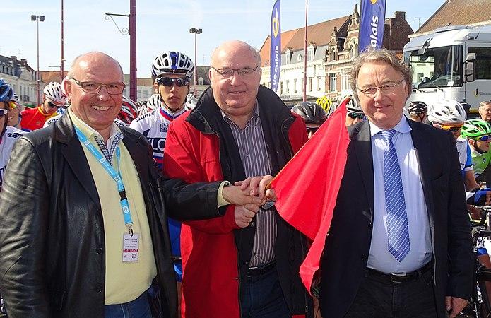 Saint-Amand-les-Eaux - Paris-Roubaix juniors, 12 avril 2015, départ (A82).JPG