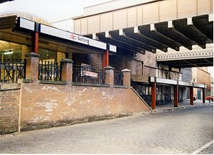 Salford Central railway station - The station as it appeared in 1989