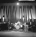 Sammy Davis Jr tijdens optreden in theater Carre, Bestanddeelnr 916-2023.jpg
