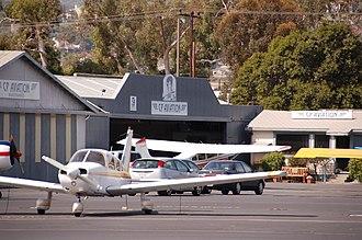 Santa Paula Airport - Image: Santa Paula 004